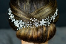Freshwater Pearl and Diamante Hair Vine