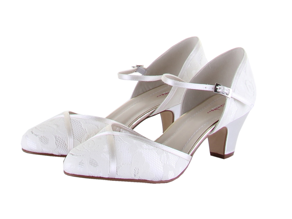 Wide wedding shoes ivory – Top wedding USA blog