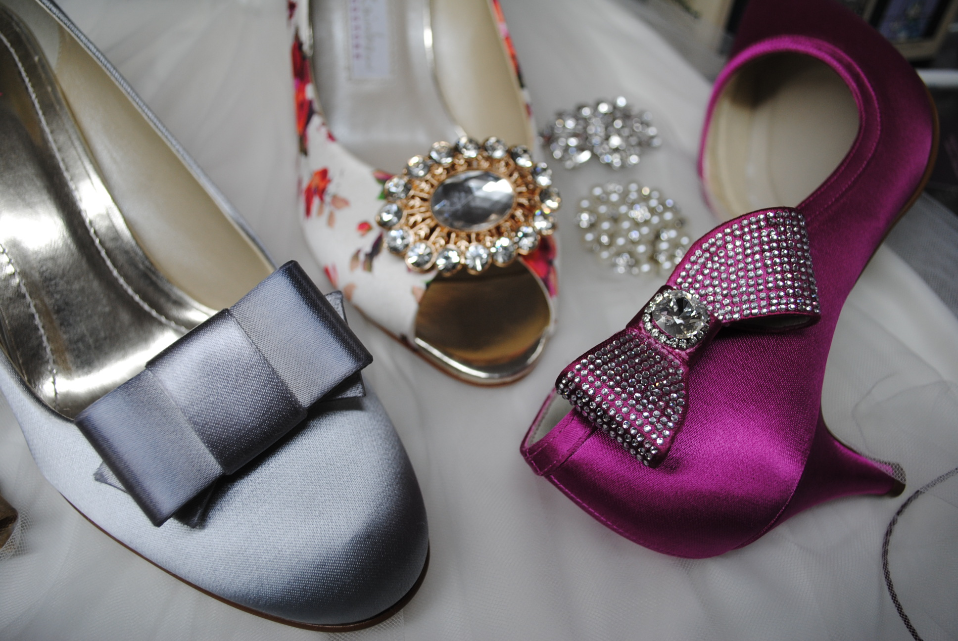selection-of-shoe-clips-bridal-blog.jpg